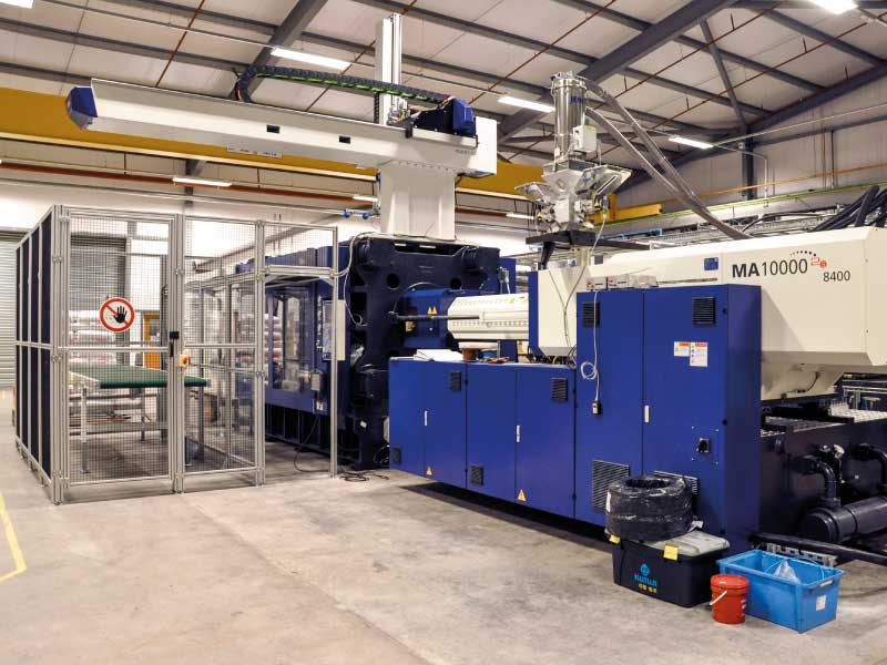 1000-tonne-injection-mouldingmachine
