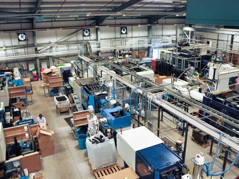 injection-moulding-department